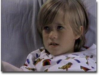 Bambino Sesto Senso.Haley Joel Osment Il Bambino Del Sesto Senso Rischia Sei Mesi